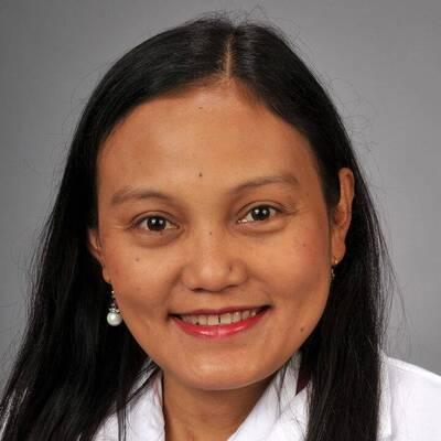 Yasmin Senturias, MD