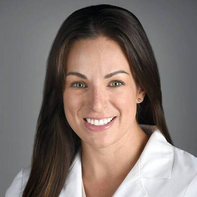 Dominique Hartnett, FNP